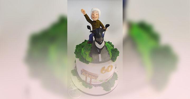 Tort na60 urodziny